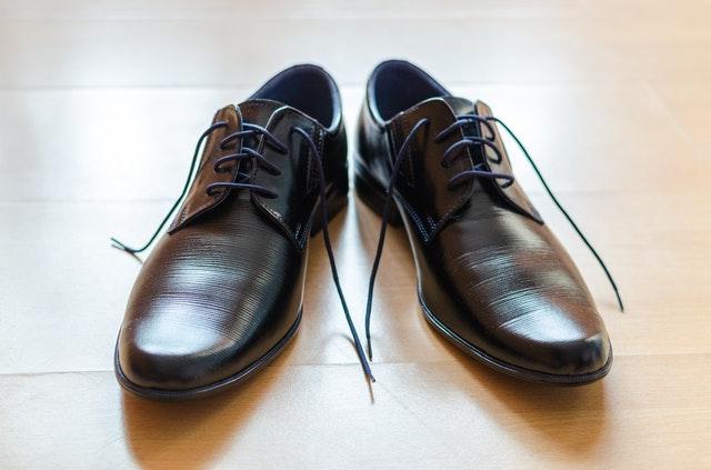 De schoenen van Johan Derksen